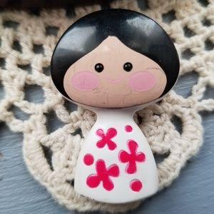 🍁🍁Vintage avon small world pin pal